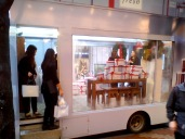 Ação da marca Fresh no centro de Hong Kong